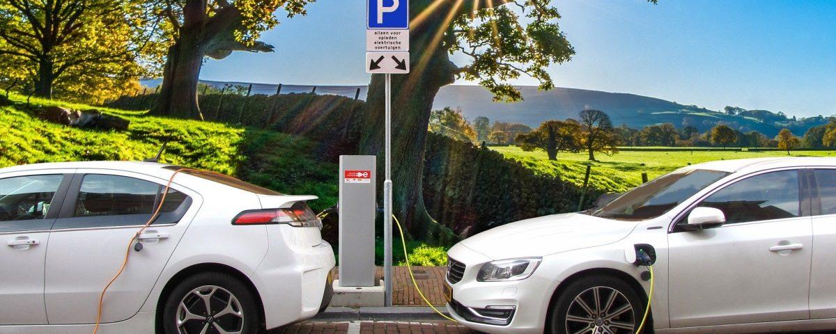 Fakty i mity dotyczace elektromobilnosci